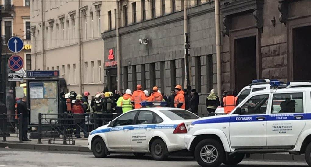 При взрыве в метро Петербурга погибли не менее 10 человек, около 50 пострадали
