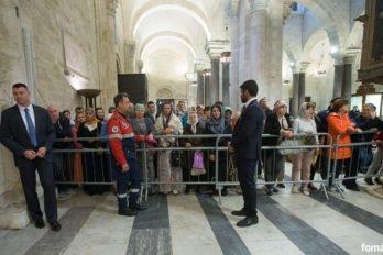 2017-05-21,A23K8187, Италия, Бари, день 3, Литургия, передача мощей, s_f