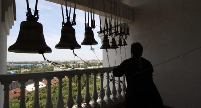 В День семьи, любви и верности по всей России зазвонят в колокола