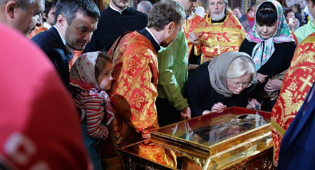 В Москве открылся доступ к мощам святителя Николая Чудотворца
