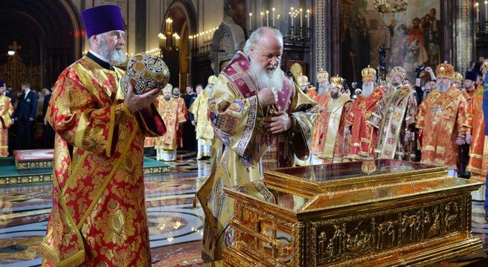 Верим, что святитель Николай просит Господа воссоединить Церкви, - патриарх Кирилл