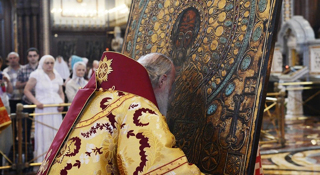 Мы должны подражать добродетелям Николая Чудотворца, - патриарх Кирилл