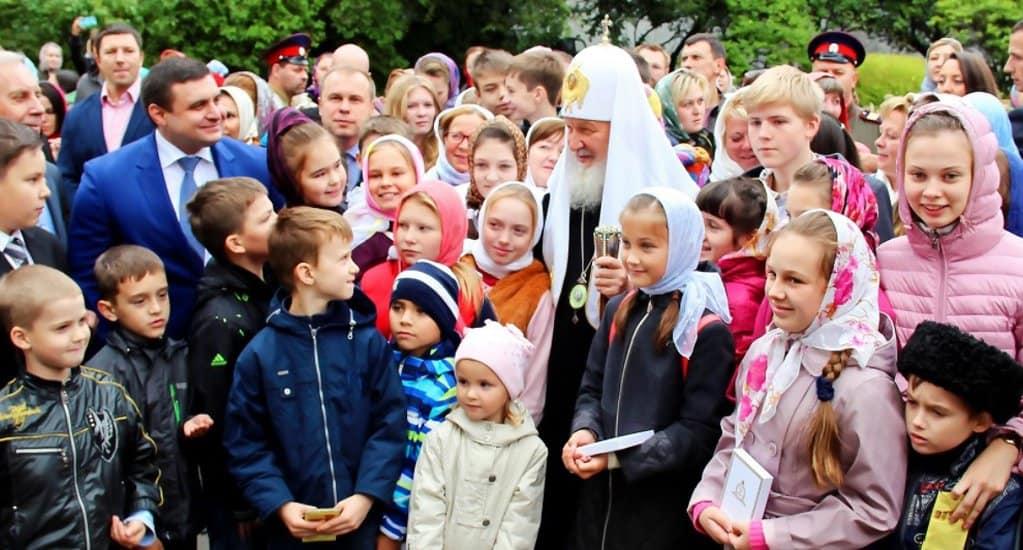 Патриарх Кирилл встретится с детьми погибших сотрудников спецслужб