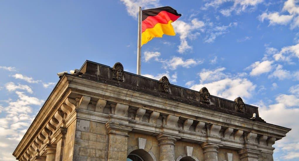 Бундестаг Германии одобрил легализацию однополых браков