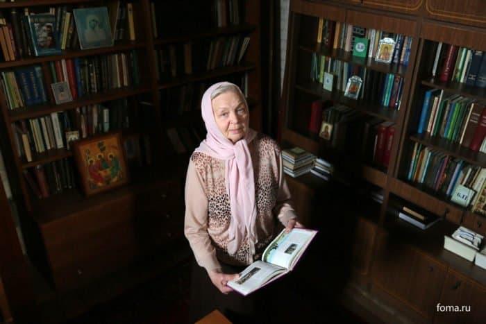 Люди в храме: приходской библиотекарь