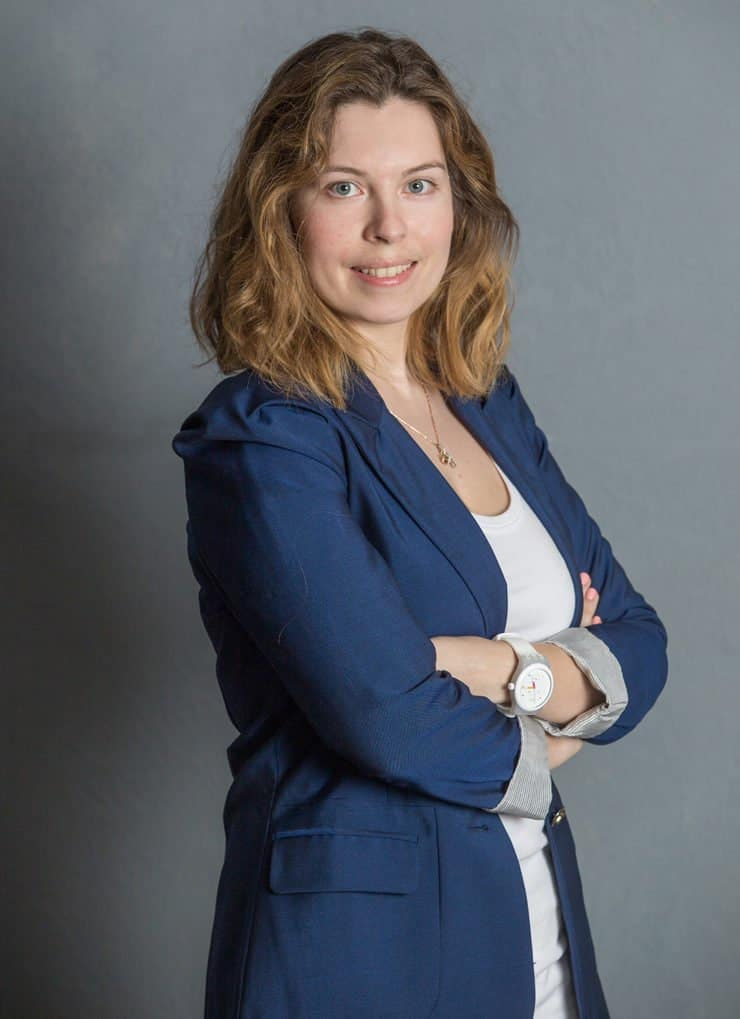 ИНИНА Наталия