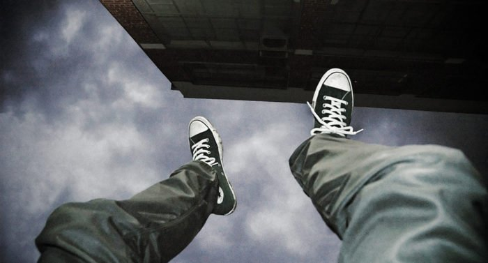 «Facebook» тестирует систему, выявляющую склонности к самоубийству