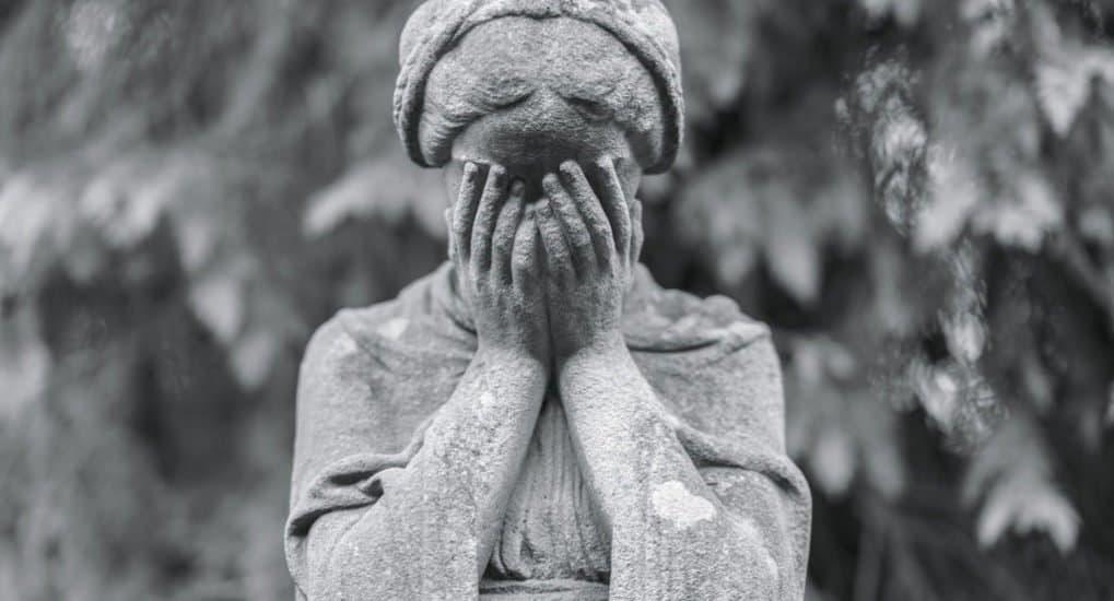 Замершая беременность, как молиться?