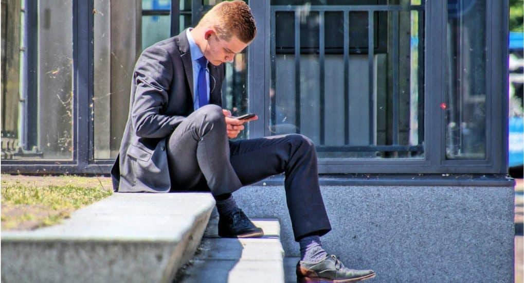 Как помочь сыну устроиться на работу?