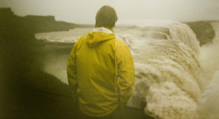 Как пережить уход из жизни близкого человека?