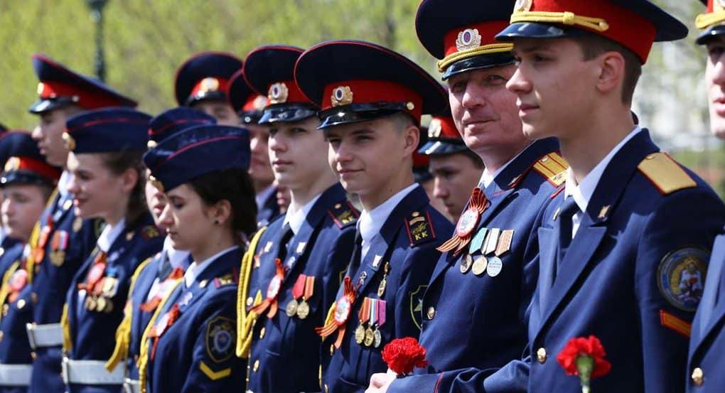 Кадетские корпуса России получили благотворительную подписку на «Фому»