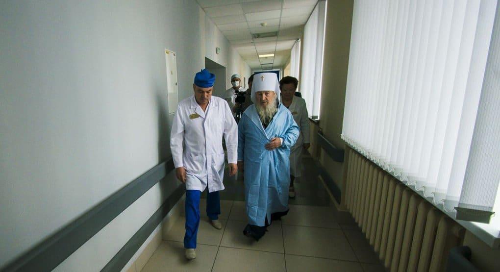 Пострадавших в ДТП в Татарстане навестил митрополит Казанский Феофан