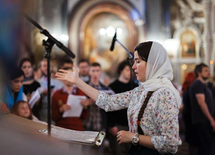 Православная молодежь помолилась о сверстниках, ищущих путь к Богу