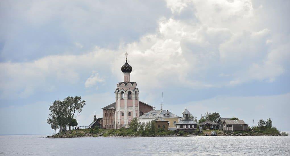 Древнейший островной монастырь Русского Севера возрождают на Кубенском озере