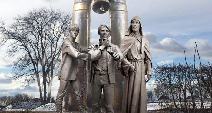 Памятник Андрею Тарковскому и фильму «Андрей Рублев» открыли в Суздале