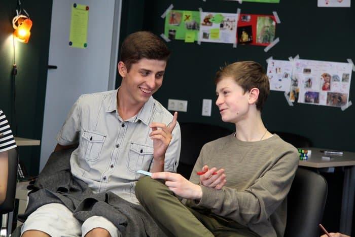 Школьники поговорили с педагогами-психологами об опасности лжи