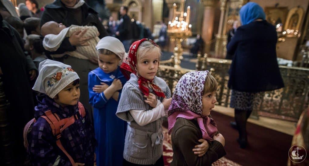 Не причастила детей. Действительно ли их Крещение?