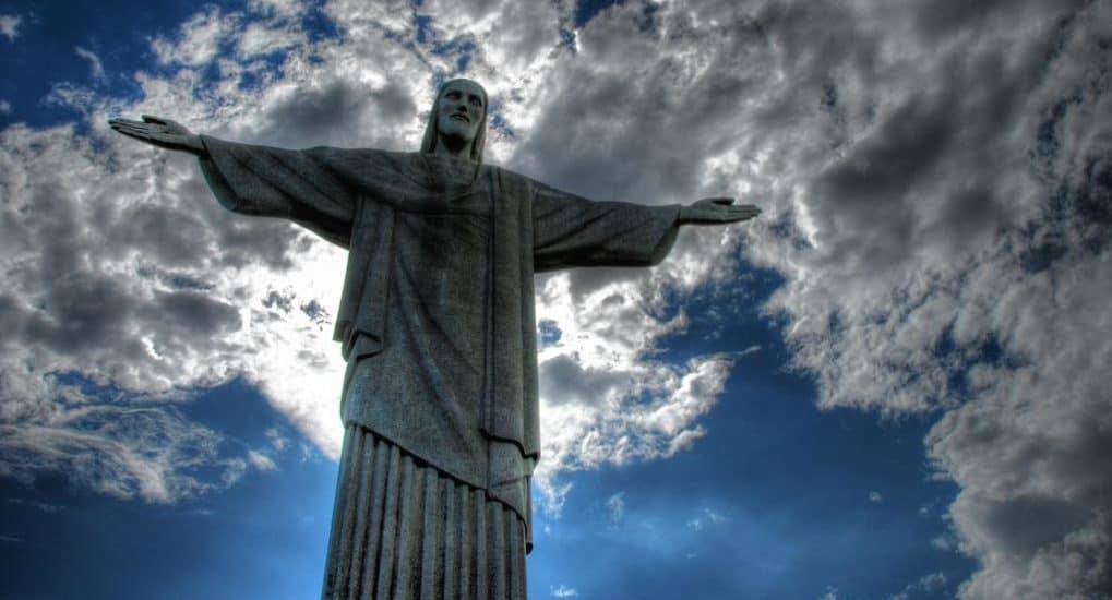 Как Иисус Христос может быть одновременно Богом и человеком?