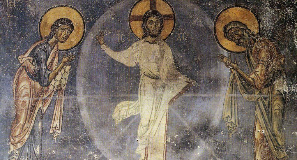 Можно ли крестить ребенка на Яблочный Спас?