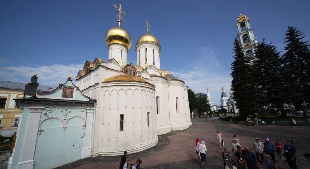 В центре Москвы покажут фото лучших русских храмов