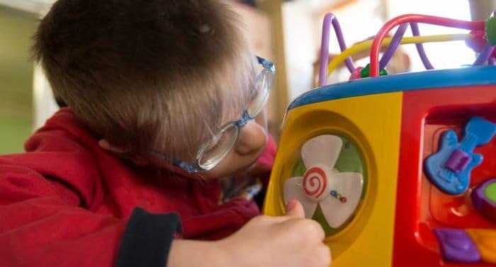 В России создадут систему по раннему выявлению аутизма у детей