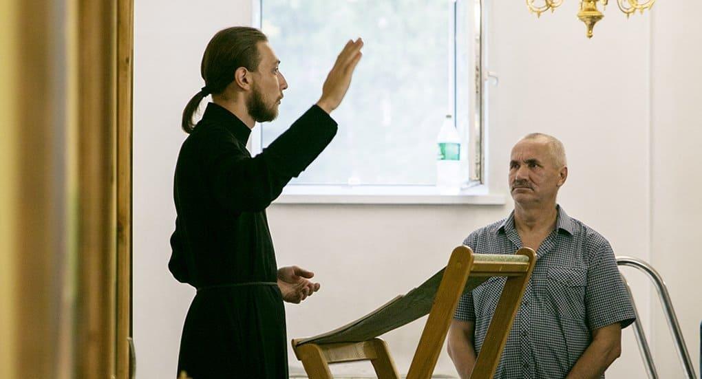 «Православная инициатива» помогла совершить первую Литургию для глухих
