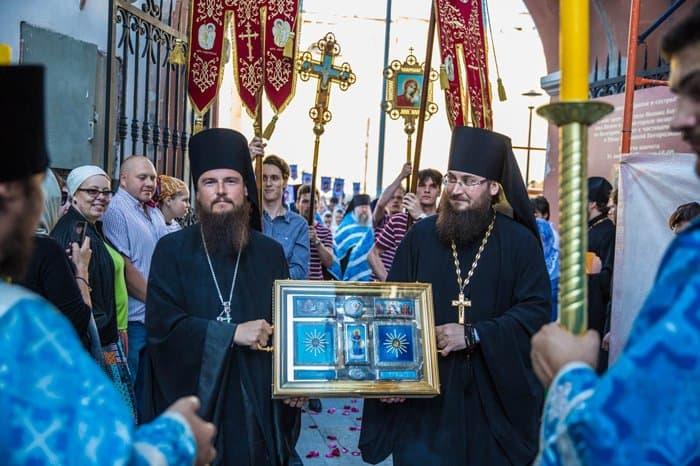 В Москву вернулись святыни, которым в Болгарии поклонились более 30 тысяч верующих