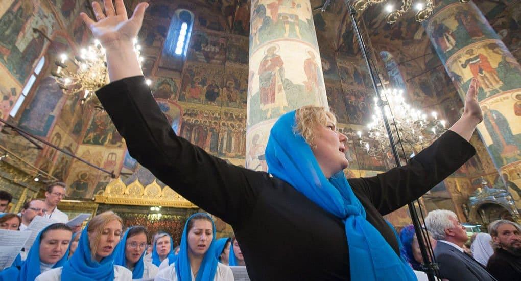 Успение: первая Литургия со сводным хором Московской епархии