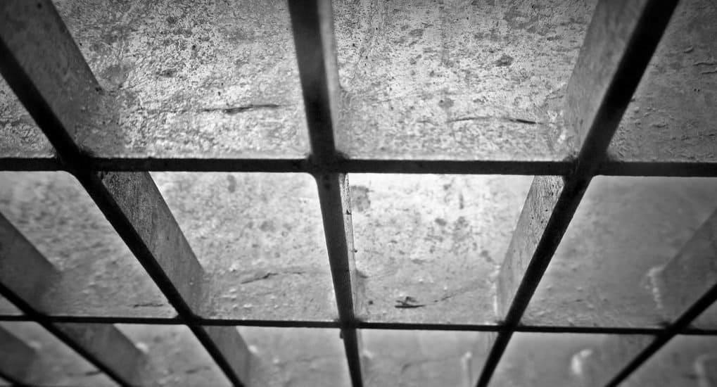 Кому молиться о заключенном?
