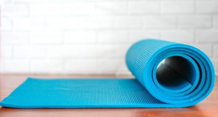 Можно ли ходить в Воскресную школу и на йогу?