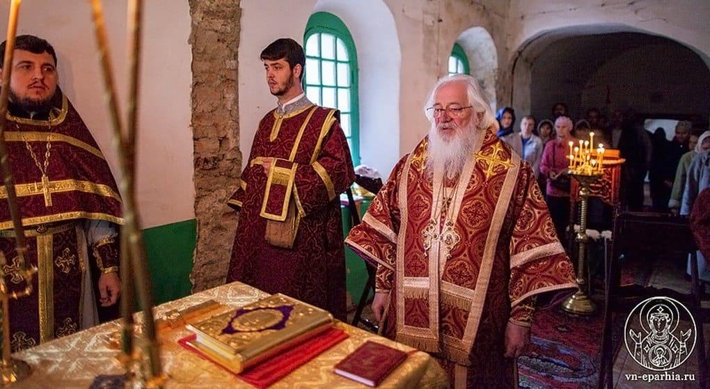 В храме Новгородского Кремля впервые за полтора века совершили Литургию