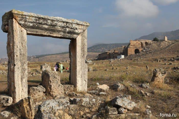 Иераполис: Как выглядит апостольский город в XXI веке