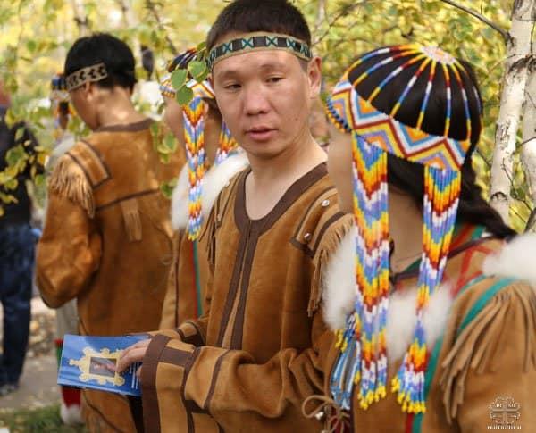 Освящен памятник автору первого произведения на якутском языке