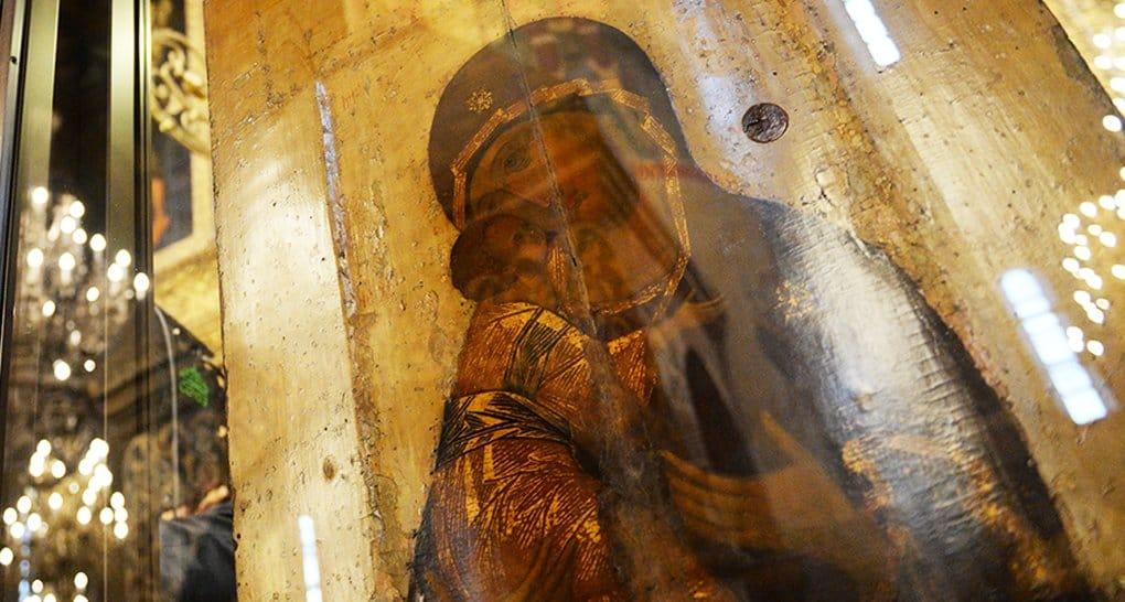 Утерянные 120 лет назад иконы нашли под крышей школы искусств