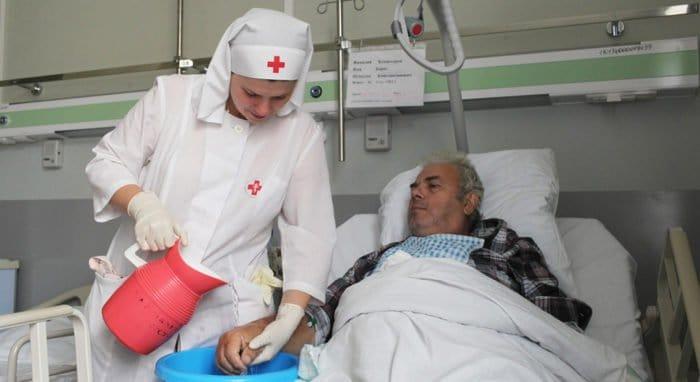 Православные добровольцы и сестры милосердия смогут помогать в больницах Москвы