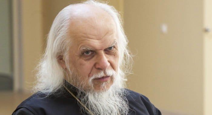 Епископ Орехово-Зуевский Пантелеимон удостоен премии от родителей детей-инвалидов