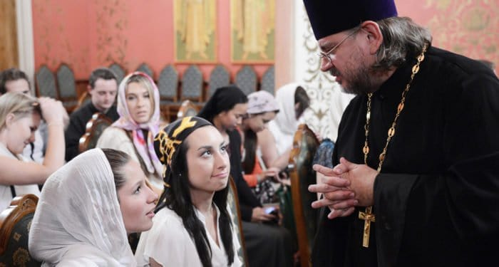 Священник при ВУЗе должен сам иметь высшее образование, - патриарх Кирилл