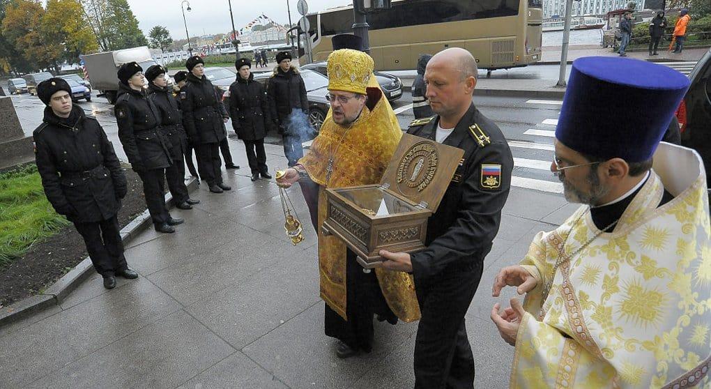 В Петербург с Корфу принесли башмачок Спиридона Тримифунтского