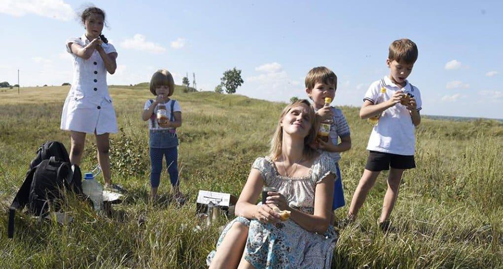 Владимир Путин предложил разрешить досрочно выходить на пенсию многодетным матерям