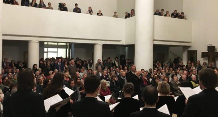 Выступления Синодального хора в Париже прошли при полных аншлагах