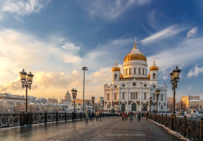 Прихожанам лучше остаться дома, но священники продолжат служить, — патриарх Кирилл