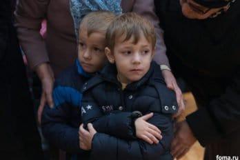 2017-12-10,A23K4143, Дагестан, Хасавюрт, Литургия, ЗнамениеПрестол, s_f