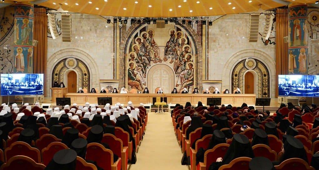 Без Бога никакое общественное строительство не приведет к успеху, - Архиерейский Собор