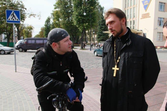 Вопросы через Сеть: как правильно построить виртуальное общение со священником