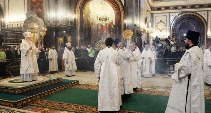 В сочельник патриарх Кирилл совершит Литургию в храме Христа Спасителя