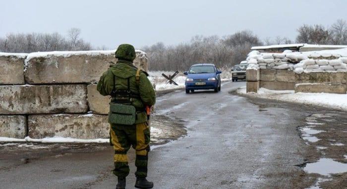 Пленных участников конфликта в Донбассе доставили к месту обмена