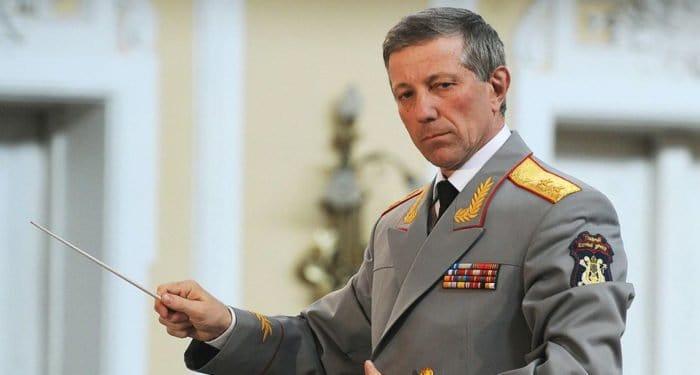 Памятную доску Валерию Халилову установили на школе искусств в Киржаче
