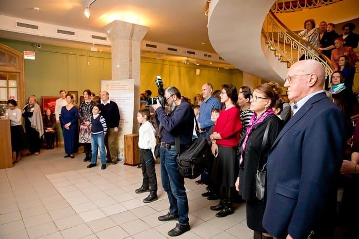 2,4 млн. рублей собрали на дела милосердия на выставке Сергея Андрияки
