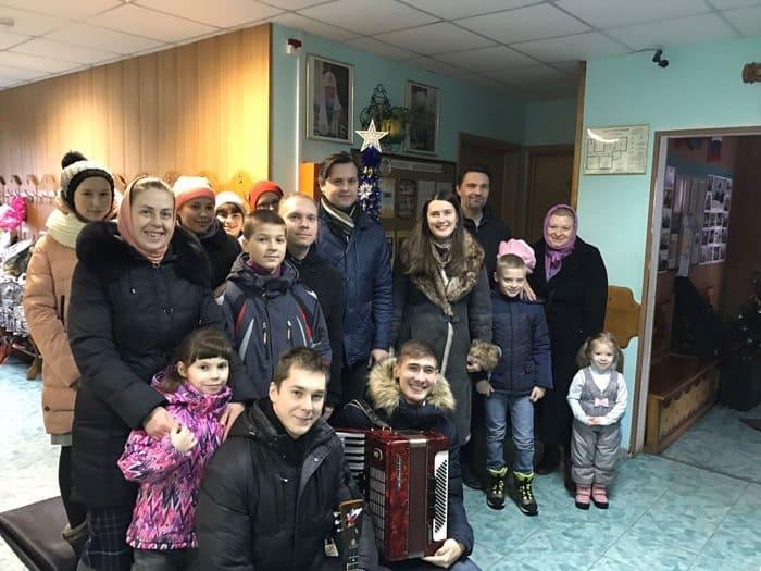 Детям-инвалидам Краснознаменска подарили аудиодиски «Вопросы Веры и Фомы»