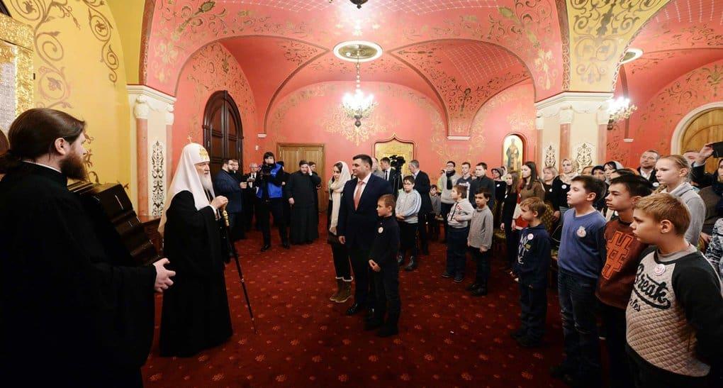 Патриарх Кирилл встретился с семьями, погибших сотрудников спецслужб